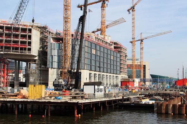 construction-site-public-domain-photo-600px
